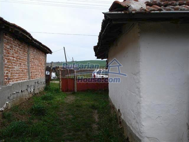 10704:13 - Cheap rural property in Elhovo region