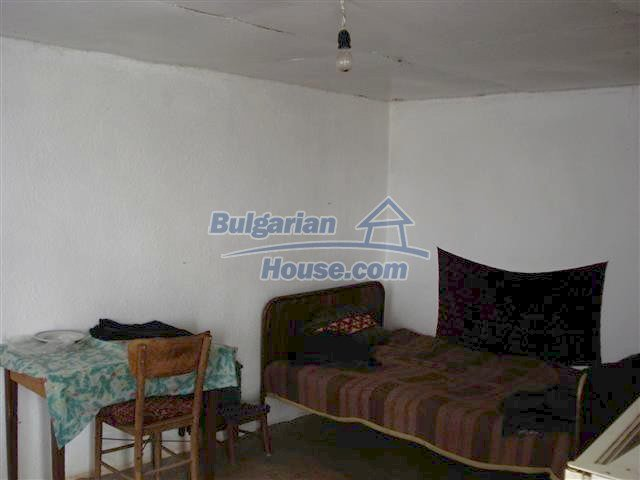 10704:5 - Cheap rural property in Elhovo region