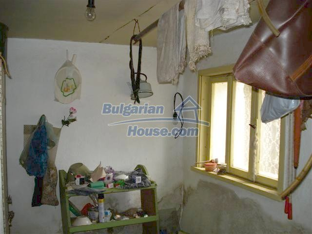10705:7 - Big double-storey house in Elhovo for sale