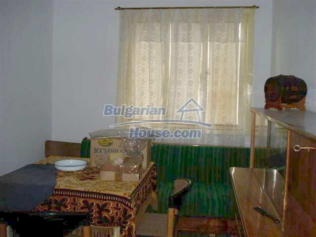 10705:9 - Big double-storey house in Elhovo for sale
