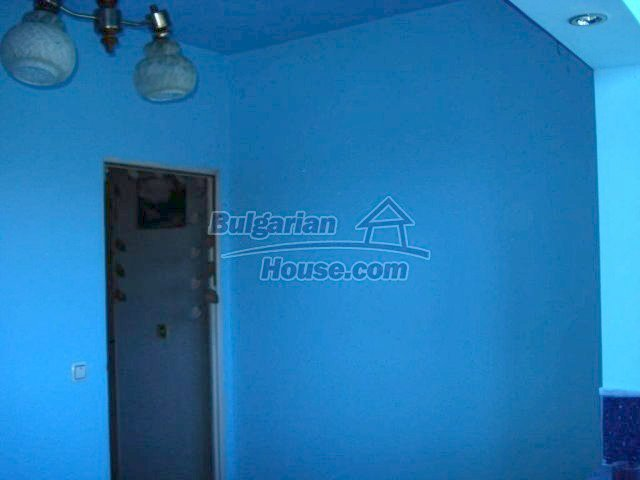 10709:3 - One-bedroom apartment in good condition ,Elhovo