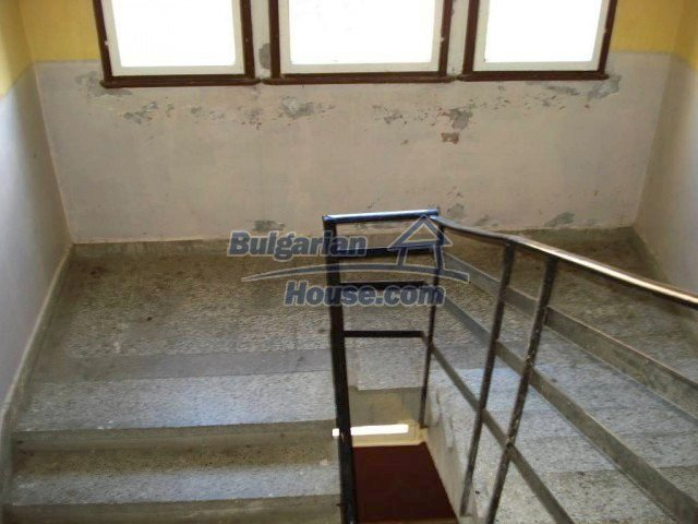 10709:13 - One-bedroom apartment in good condition ,Elhovo