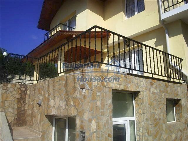 10711:3 - A renovated three-storey house in Balchik