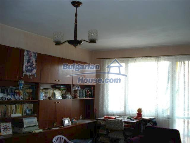 10722:1 - Cheap one-bedroom apartment in Elhovo Region