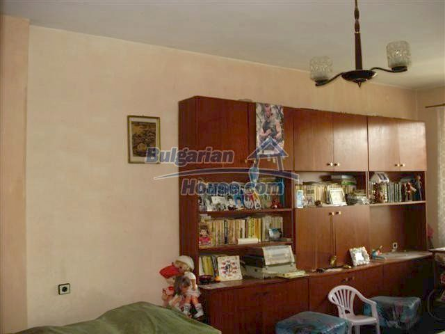 10722:2 - Cheap one-bedroom apartment in Elhovo Region