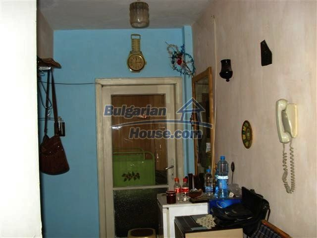 10722:4 - Cheap one-bedroom apartment in Elhovo Region