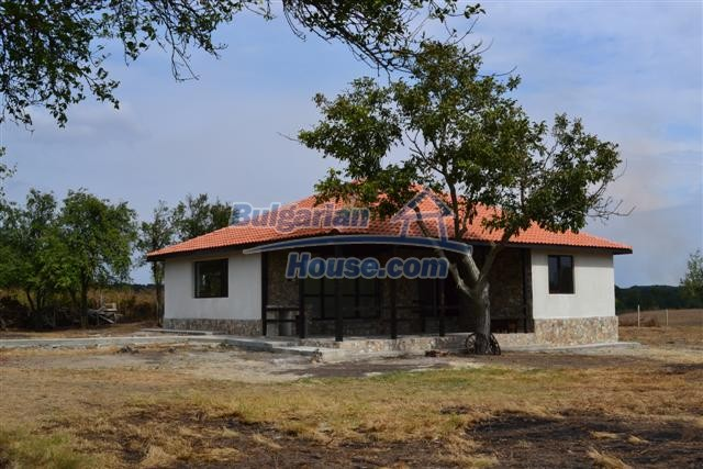 10728:5 - Brick house in a developed village,  20 km from the sea coast
