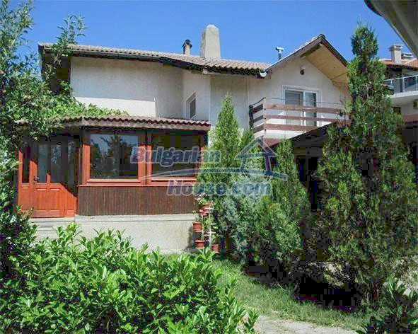 10731:4 - Fully furnished two-storey house with sea view near Varna
