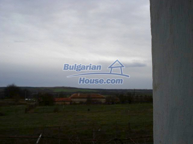 10742:11 - Two-storey house with nicely arranged garden, Elhovo Region