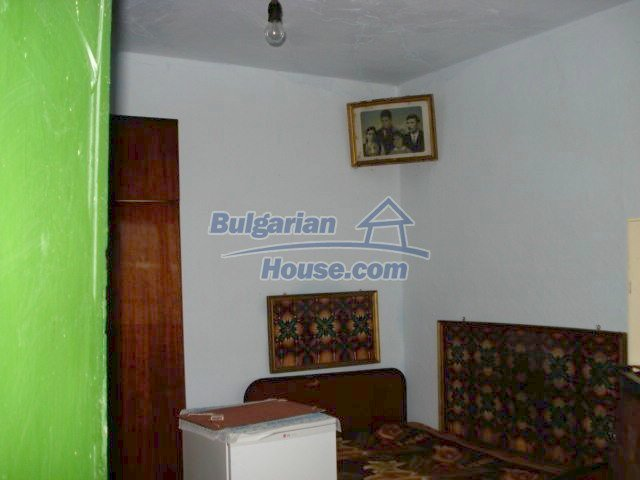 10742:9 - Two-storey house with nicely arranged garden, Elhovo Region