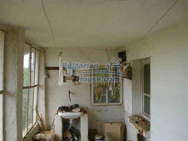 10751:4 - Cheap rural property with a garden near Elhovo