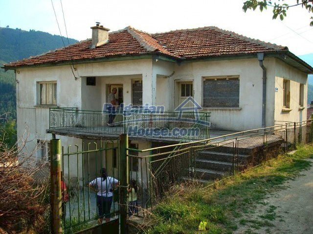 10755:4 - Two-storey house with breathtaking mountain view, Smolyan