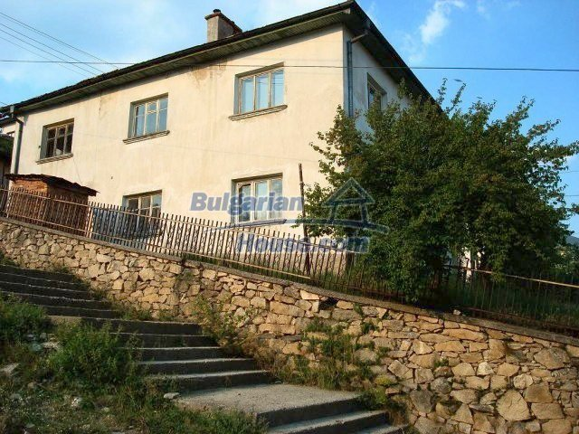 10755:18 - Two-storey house with breathtaking mountain view, Smolyan
