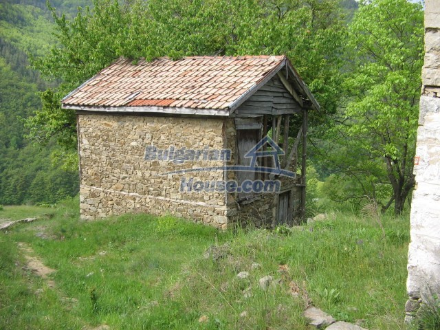 10758:5 - Cheap three-storey house with mountain view near Pamporovo