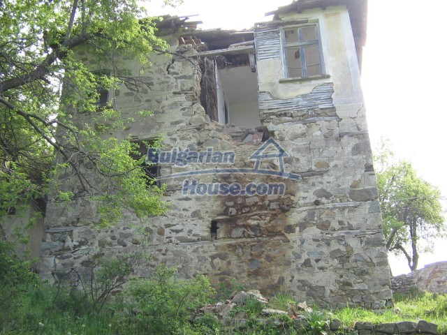 10758:7 - Cheap three-storey house with mountain view near Pamporovo