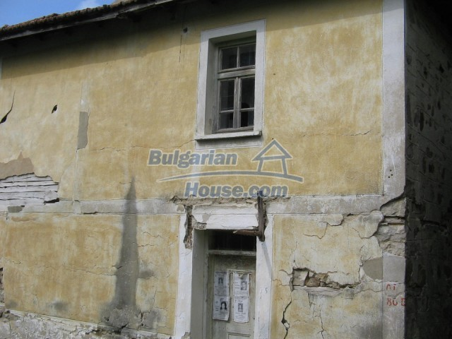 10758:14 - Cheap three-storey house with mountain view near Pamporovo