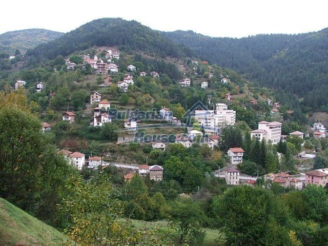 10770:1 - Regulated plot of land in a picturesque village near Pamporovo