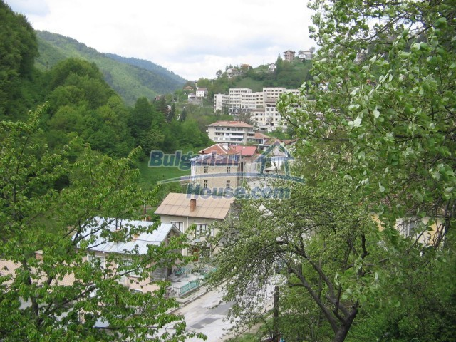10770:11 - Regulated plot of land in a picturesque village near Pamporovo