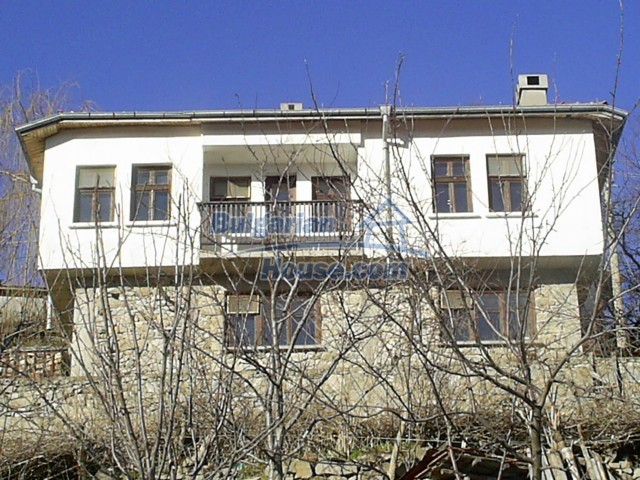 10775:6 - Two-storey house on the slope of Rhodope Mountains