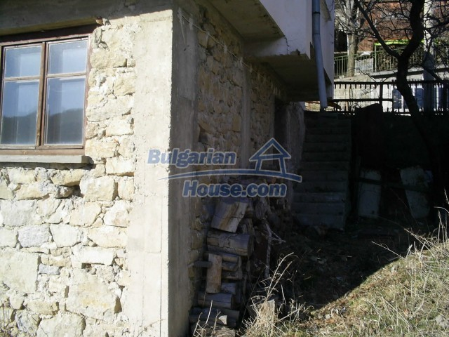 10775:14 - Two-storey house on the slope of Rhodope Mountains