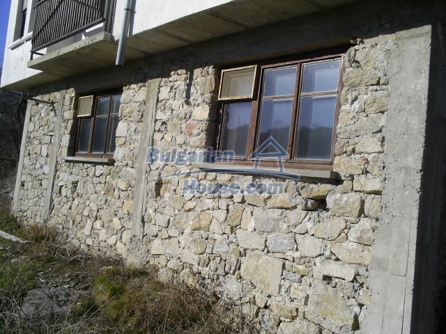10775:15 - Two-storey house on the slope of Rhodope Mountains