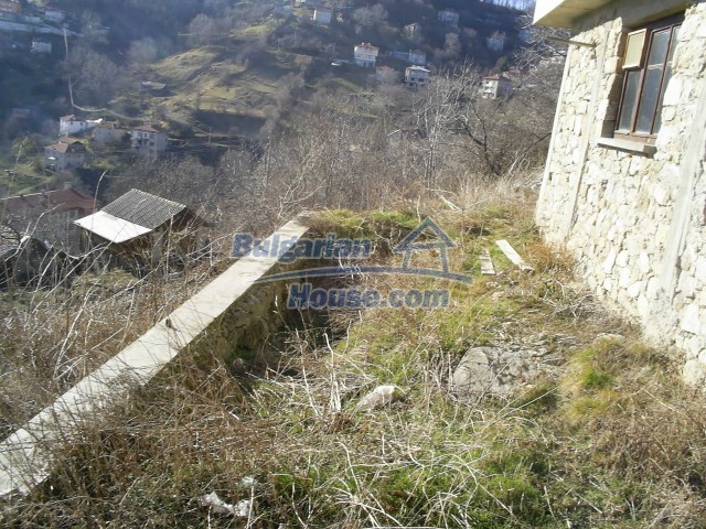 10775:16 - Two-storey house on the slope of Rhodope Mountains