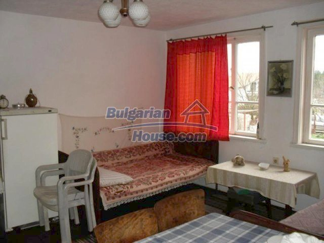 10777:4 - Nice two-storey house with precisely arranged garden near Varna