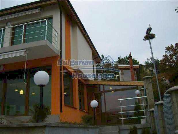 10779:5 - Fully furnished two-storey house with sea view near Albena