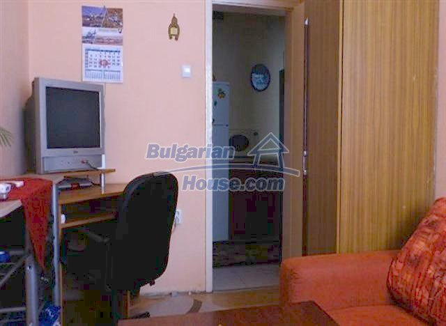 10788:1 - Lovely furnished one-bedroom apartment in green area, Varna