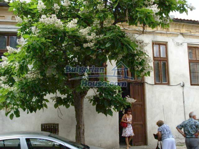 10791:2 - Very well maintained two-storey house in Yambol