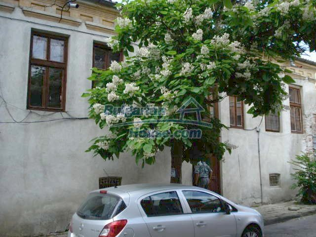 10791:3 - Very well maintained two-storey house in Yambol