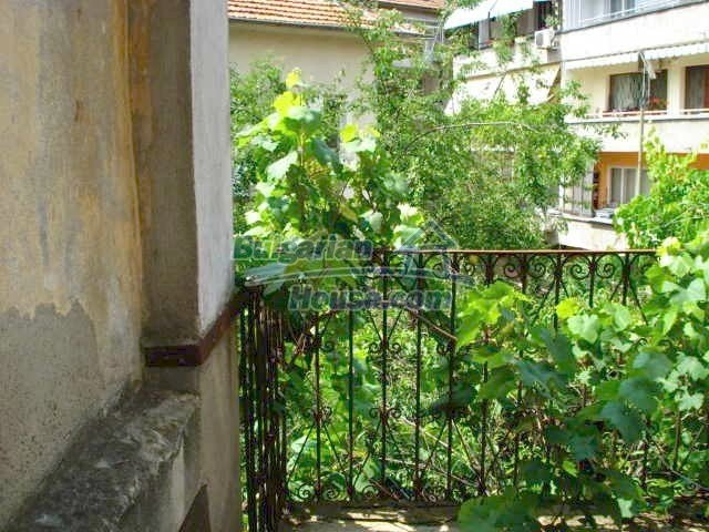 10791:14 - Very well maintained two-storey house in Yambol