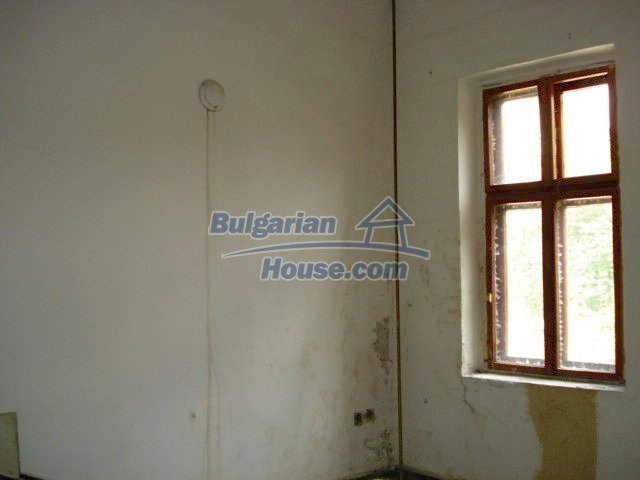 10791:10 - Very well maintained two-storey house in Yambol
