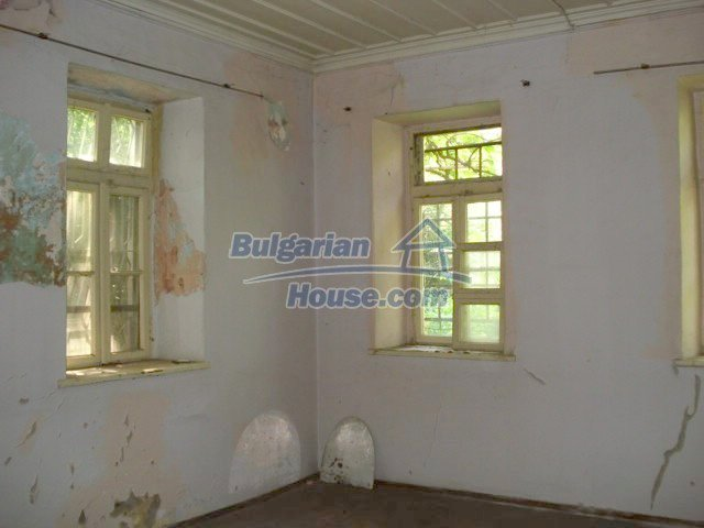 10791:19 - Very well maintained two-storey house in Yambol