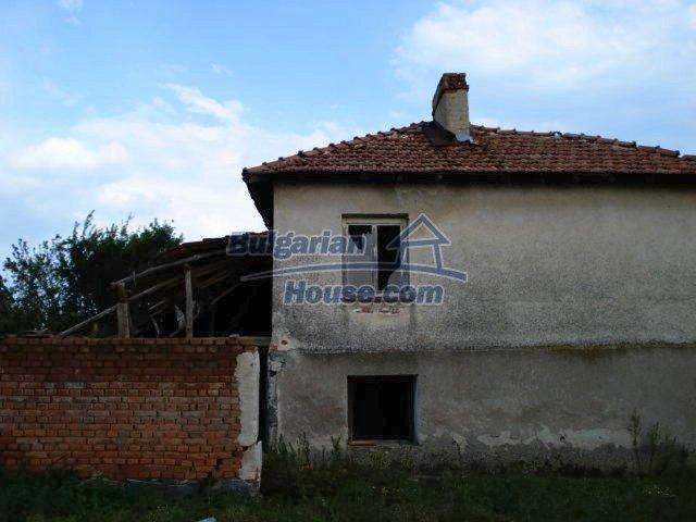 10793:2 - Cheap rural two-storey house with a nice garden, Elhovo region