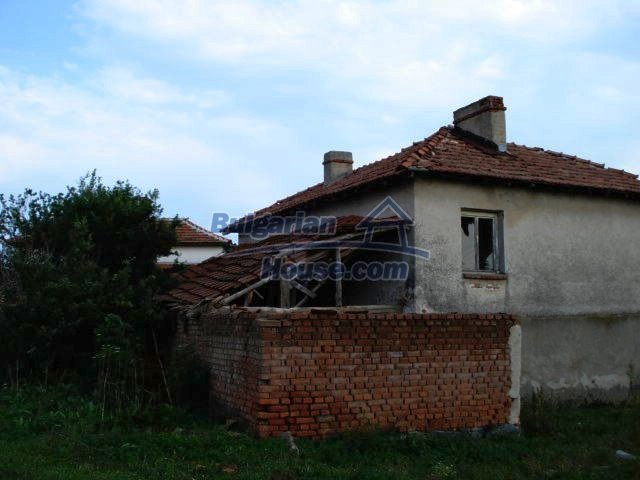 10793:3 - Cheap rural two-storey house with a nice garden, Elhovo region