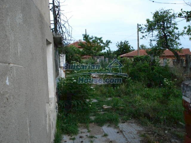 10793:5 - Cheap rural two-storey house with a nice garden, Elhovo region
