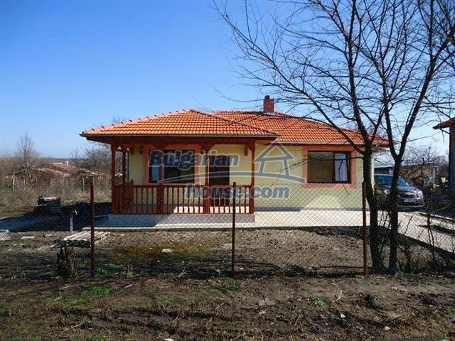 10795:3 - Entirely completed modern single-storey house near Burgas