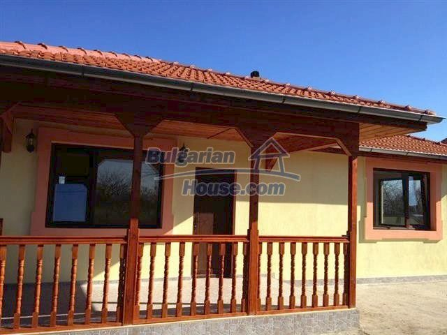 10795:6 - Entirely completed modern single-storey house near Burgas