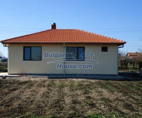 10795:7 - Entirely completed modern single-storey house near Burgas