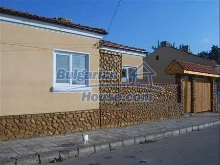 10798:3 - New single-storey house in the sea resort of Kavarna