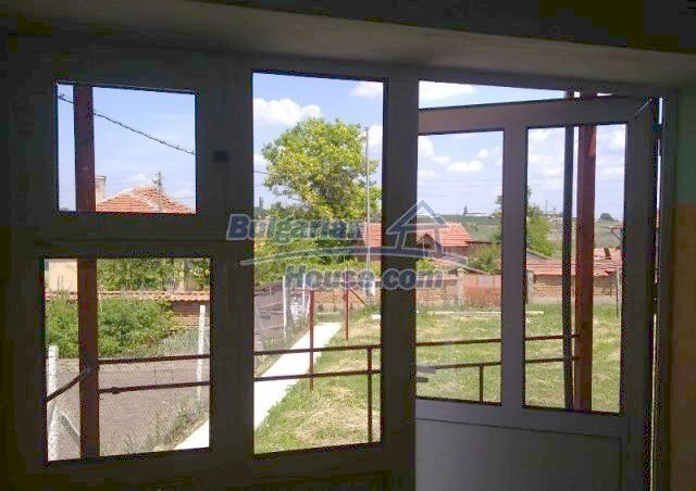10802:2 - Thoroughly renovated house with garden near Pleven