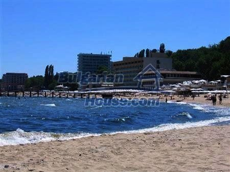 10807:6 - New compact one-bedroom apartments with sea view in Varna