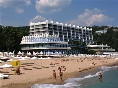 10807:7 - New compact one-bedroom apartments with sea view in Varna