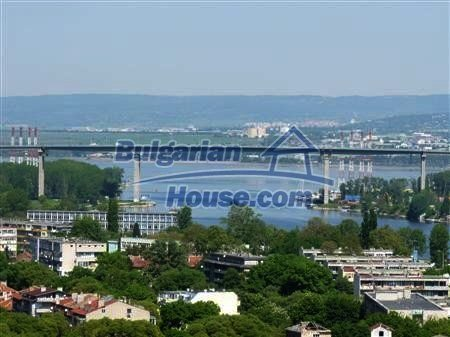 10810:11 - Lovely renovated two-bedroom apartment in Varna
