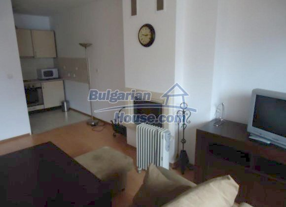 10811:15 - Compact furnished two-bedroom apartment in Bansko