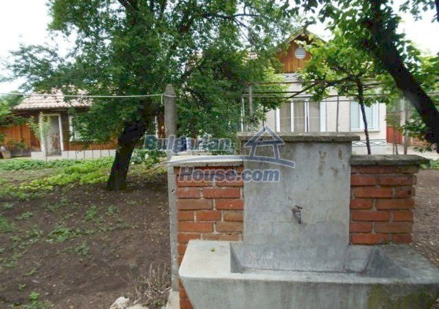 10812:6 - Well maintained house with a vineyard near Stara Zagora