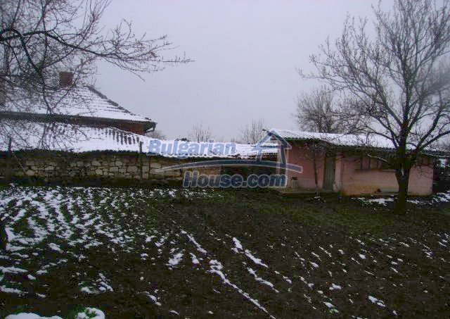 10812:7 - Well maintained house with a vineyard near Stara Zagora