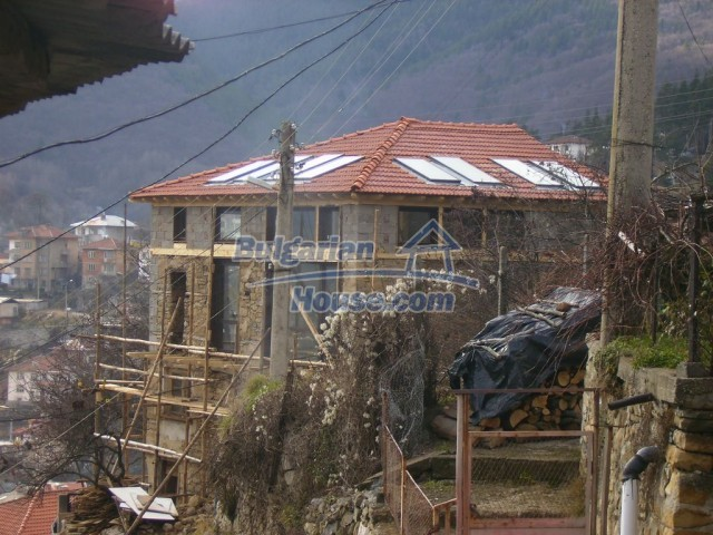 10818:8 - Three-storey house near the ski resort of Pamporovo