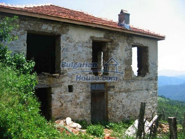 10819:1 - Rural stone-built two-storey house near a ski resort!